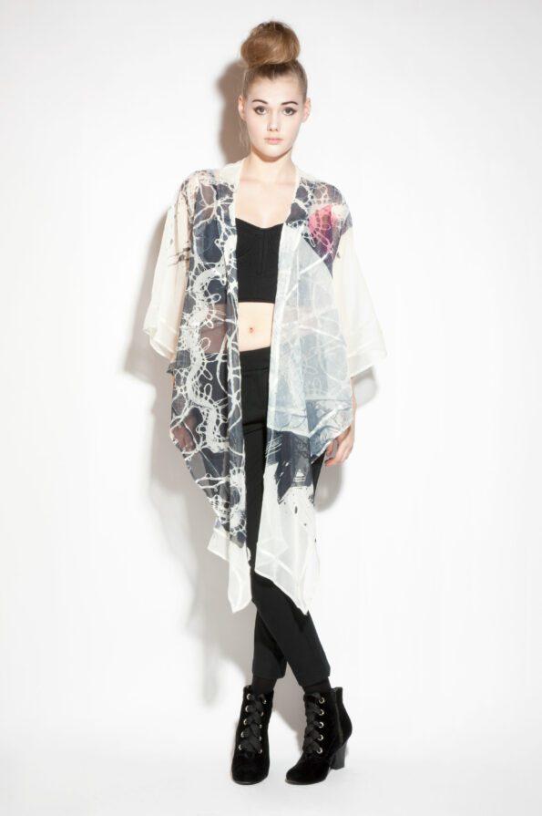 Tree-kimono-black-with-lace